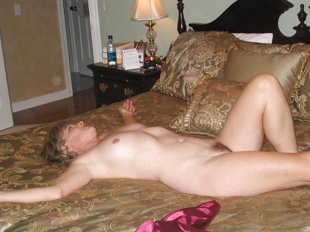 Sex in Lederkleider mit verschiedene Hilf in gratis Bildern
